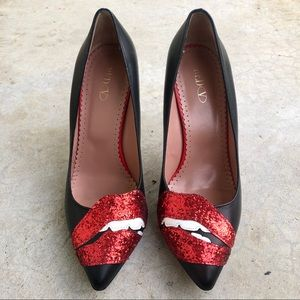 Red Valentino Glitter Lips Pumps Heels Black